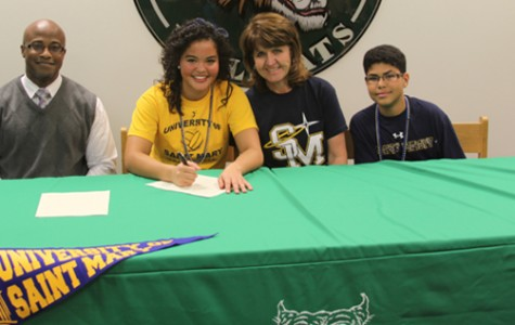 Dowdy signs to play collegiate volleyball