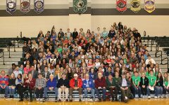 WWII vets visit DHS for in-school field trip