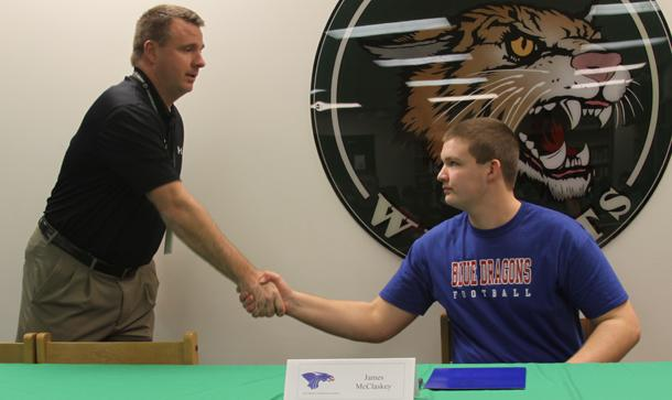 McClaskey signs with Hutchinson C.C.