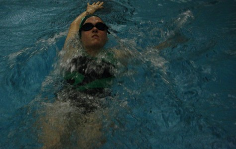 Swim team prepares for league meet