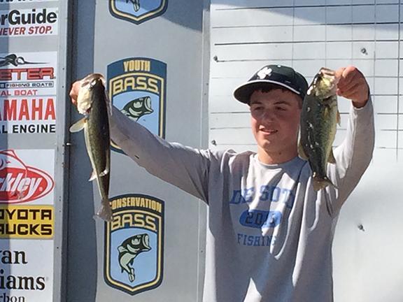 De Soto freshmen start bass fishing club