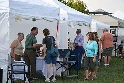 De Soto Arts Council holds 9th annual Sunflower Artfest