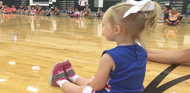 Cheerleaders+hold+annual+cheer+clinic