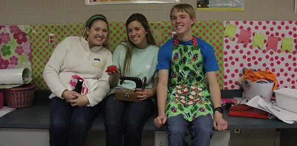 Sewing club plans to start meeting before winter break