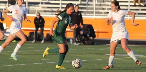 Girls' soccer team kicks off start of solid season