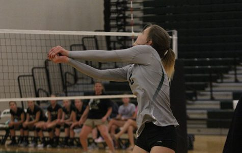 Varsity volleyball takes on Newton and Gardner-Edgerton in tri-match