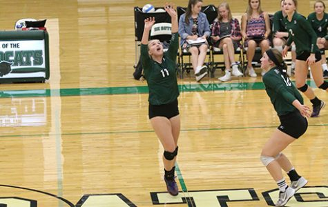 Varsity volleyball stays hot with a win against Eudora