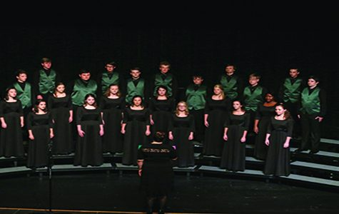 De Soto choirs have their first concert of the year