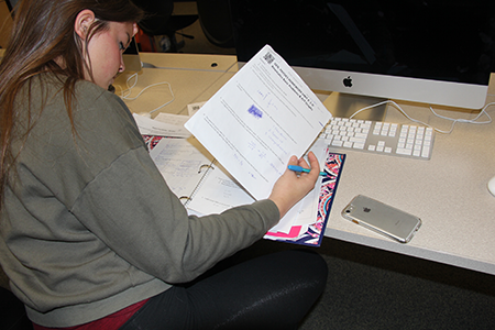 Junior Kira Horn studies for finals on Dec. 12.