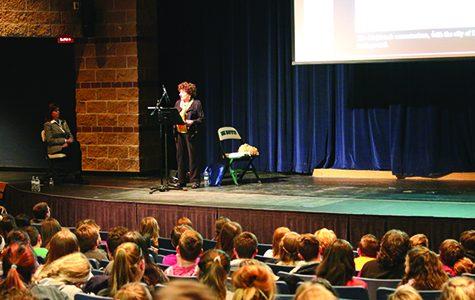 Holocaust survivor speaks to freshman class