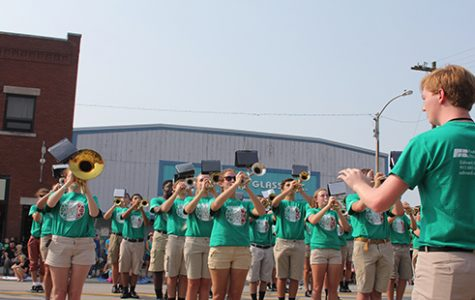 Drum Major Zach Yarborough leads band during the De Soto Days Parade.