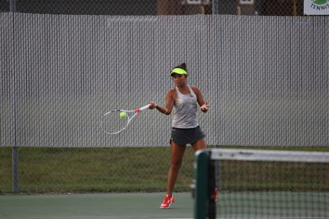 Varsity tennis finishes busy week at Hesston and Baldwin Invitationals