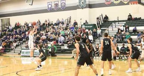 Boys' basketball beats Blue Valley SW