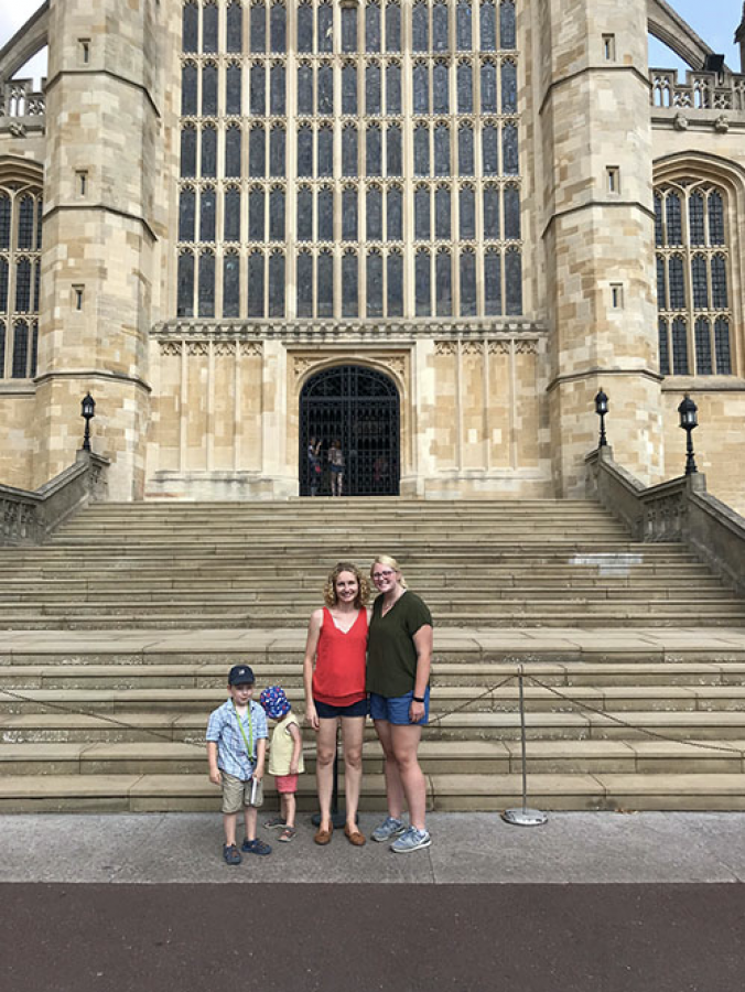 Senior+Kasey+Seaba+standing+in+front+of+the+Windsor+Castle+Cathedral+in+Berkshire%2C+England%2C+with+the+family+she+stayed+with+over+the+summer+in+Andover%2C+England.%0A