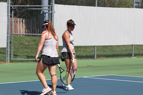 Tennis takes fourth at Mill Valley Invitational