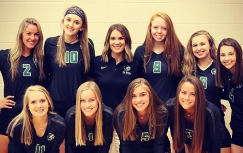 De Soto volleyball stacked with seniors