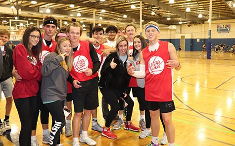 Junior recreational basketball team attracts large number of supporters