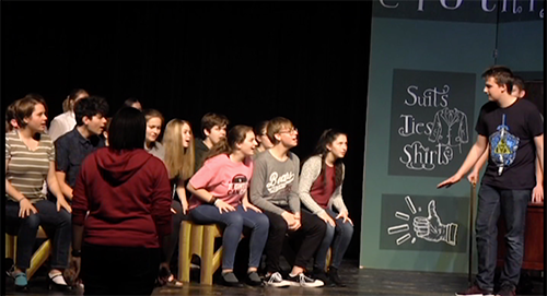 De Soto students prepare for the upcoming musical: Guys and Dolls