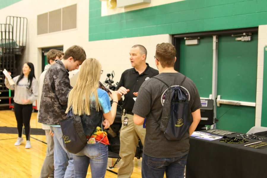 Students plan to attend Career Fair for area schools