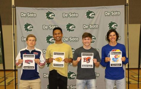 Seniors athletes sign with universities