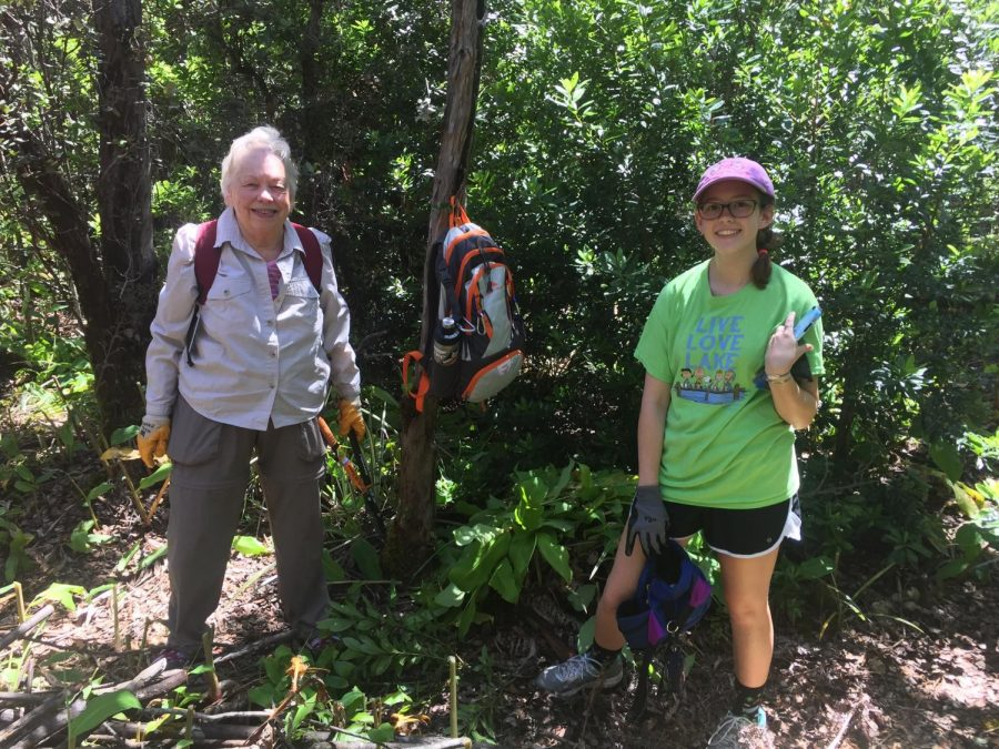 Sophomore Emily Kresin works hands-on at Hawaii Volcanoes National Park.