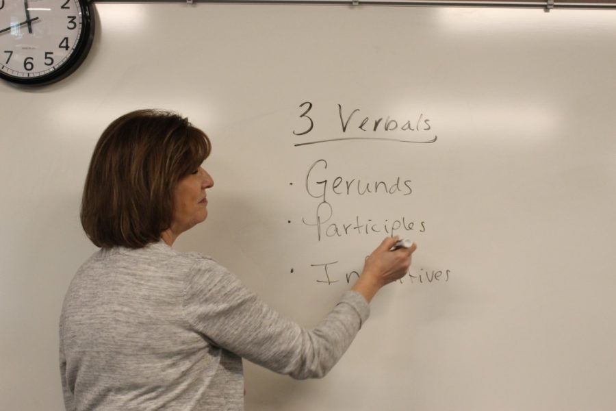 English teacher Donna Rhodes teaches during her Honors English 10 class on Jan. 15, 2020.